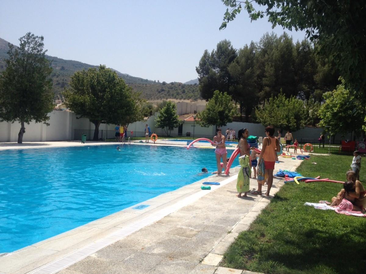 los villares abierta la piscina municipal